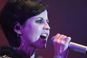 Смерть солистки рок-группы The Cranberries назвали «необъяснимой»