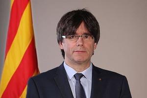 Испанский суд выдал ордер на арест каталонского сепаратиста Пучдемона
