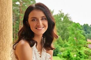Известная телеведущая вернулась к работе на третий день после родов
