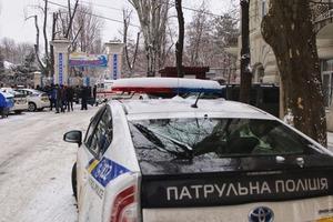 В Одессе вооруженные люди захватили санаторий