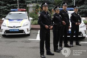 Во время задержания мошенников в Киеве ранили полицейского