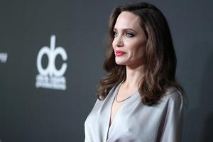 Анджелина Джоли готовится к четвертой свадьбе