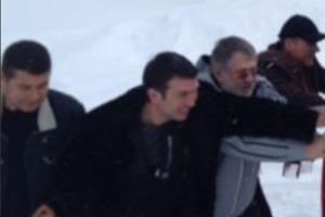 Застрявшего в снегах Куршевеля Коломойского спас беглый Онищенко