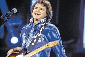Известный российский певец впал в кому