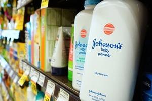 Бомба замедленного действия: Тальк фирмы Johnson & Johnson провоцирует рак