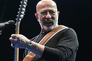 У певца Александра Розенбаума выявили рак