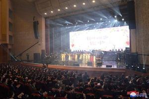 Культурное перемирие: Артисты из Южной Кореи дали концерт в Пхеньяне