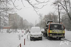 Масштабные снегопады: в Кропивницком и Винницкой области ограничили проезд
