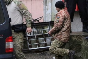 Украинскому моряку в плену РФ ампутировали пальцы на руке
