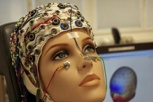 Вчені описали пошкодження мозку, пов'язані з COVID-19