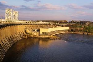 В Украине почти 150 устаревших ГЭС уничтожают водные ресурсы