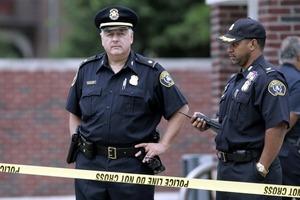 Неизвестные расстреляли школьников в США