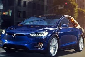 Tesla отбуксировала Boeing и попала в книгу Гиннеса