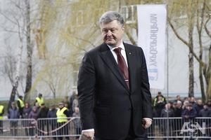 Почему украинцы голосуют за того, кому мало доверяют. Объяснение политолога