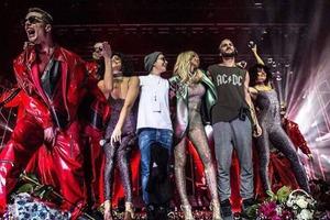 На концертах Лободы в РФ продолжаются конфузы: теперь не работали экраны