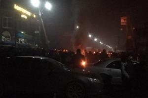 Перекрыли дороги и подожгли шины. Закарпатье бунтует из-за 14-летнего убийцы