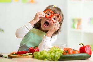Еда как профилактика болезней. Украинцам советуют отказаться от картофеля и есть меньше красного мяса