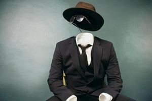 Люди-чучела: Как распознать поверхностного и пустого человека