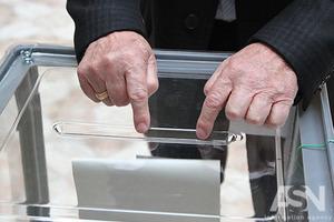 Рука Кремля, еміграція і зрада. Як українці реагують на перемогу Зеленського
