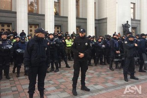 Полиция не даст устроить силовые противостояния в центре Киева – Князев