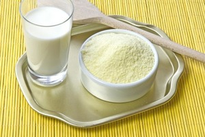 Как распознать порошковое молоко. Боремся с нерадивыми производителями