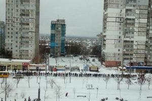 Из-за халатности коммунальщиков половина Днипра не попала на работу. В городе - снежный апокалипсис