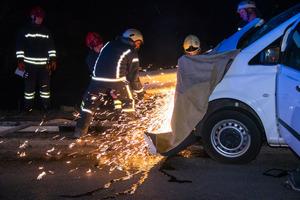 Жуткое ДТП с детьми в Киеве: женщине оторвало ногу