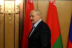 Лукашенко образився і пригрозив санкціями Україні за позицію по протестам