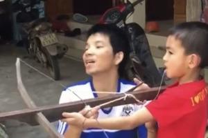 Оригинальная стоматология: Ребенку вырвали зуб выстрелом из арбалета (видео)