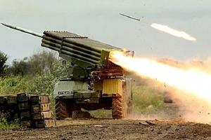 Бойовики накрили «Градом» Донбас. Загинув український військовий