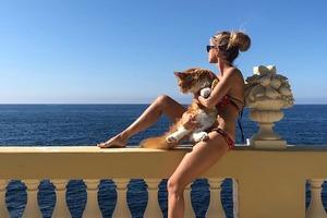 Секси-блонда: стало известно, кто разбил брак Шнурова и Матильды