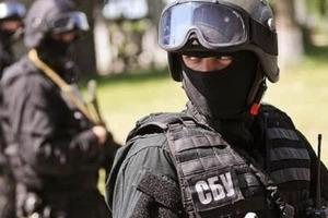 Ореховое дело: силовики проводят обыски у фискалов и таможенников Черновицкой области