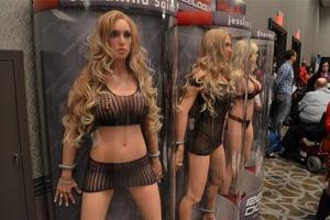 Секс-куклы с подогревом. В России появится первый легальный бордель