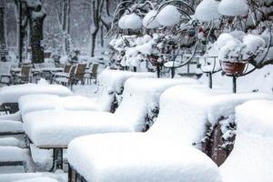 Снегопад оставил без света 170 населенных пунктов в шести областях
