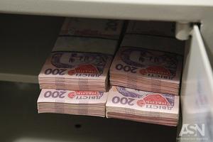 Дива бюджету: влада похвалилася профіцитом, заощадивши на субсидіях