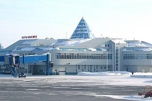 Появилось видео штурма захваченного российского самолета (18+)