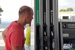 Как автопроизводители обманывают покупателей, занижая данные о расходе топлива