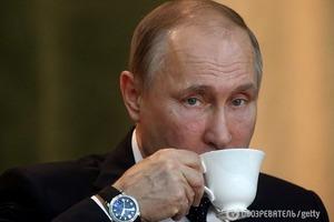 Сонный и грустный: в Сети появились фото больного Путина