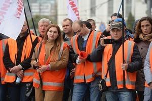 Железнодорожники требуют от Укрзализныци повышения зарплат