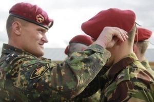 На Росії майор і капітан спецназу ГРУ держаком швабри гвалтували підлеглих
