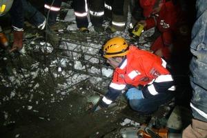 В Ивано-Франковске стена христианской школы рухнула на людей