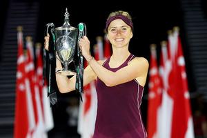 Теннисистку Свитолину осудили за жилет из натурального меха