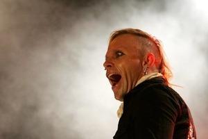 Мучительная кончина: раскрыта причина смерти вокалиста The Prodigy