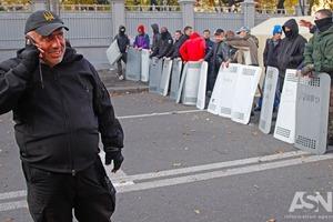 Силовики заблокували прохід до Ради з боку Садової