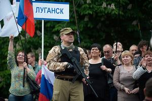 Порох вводи войска: ЛНР объявила войну ДНР