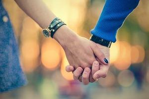 Будьте ніжні й романтичні: любовний гороскоп на 17 листопада
