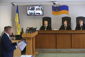 Адвокат Януковича утверждает, что дело о госизмене Януковича разваливается в суде
