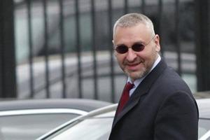 Фейгин призвал власти сделать скидку на глупость и звездную болезнь Савченко