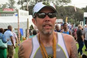 Хитрый американец победил в марафоне сидя в туалете
