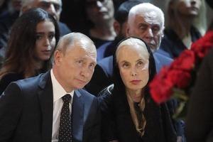Напуганный Путин и опухшая Пугачева: Как прощались с Кобзоном (фоторепортаж)